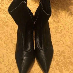 Top shop black booties size 38 euro.    Size 8 us